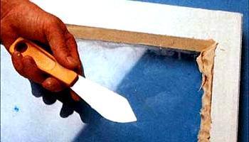 Як правильно наносити віконну мастику