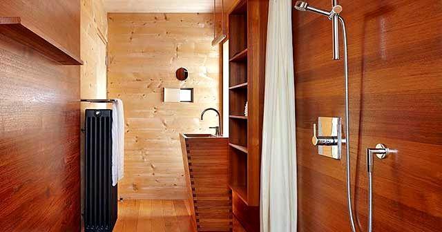будівництві ванних кімнат в дерев'яних будинках